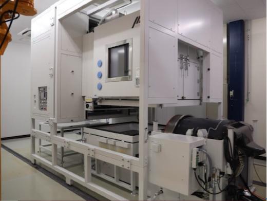 図2 6.5トンの加振機を備えた大型振動試験機 出典:UL Japan