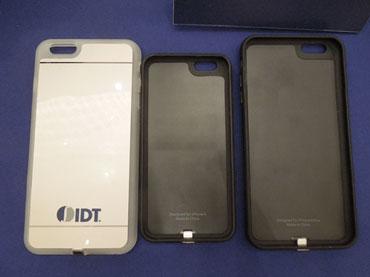 図3 iPhone 6s / 6s Plusケースに組み込んだ無線充電器 ICチップが薄くて小さいため、見た目は普通のケースである
